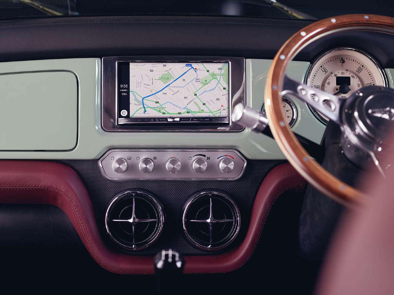 Инверсивный подход: дебютировал Mini Remastered поцене Porsche— фото 733517