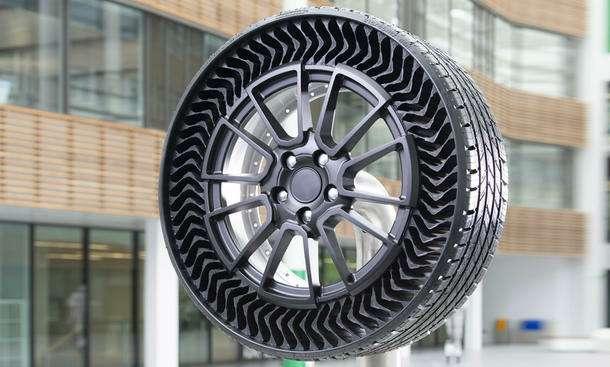 Придумана безвоздушная шина: ейнестрашны проколы— фото 1169358