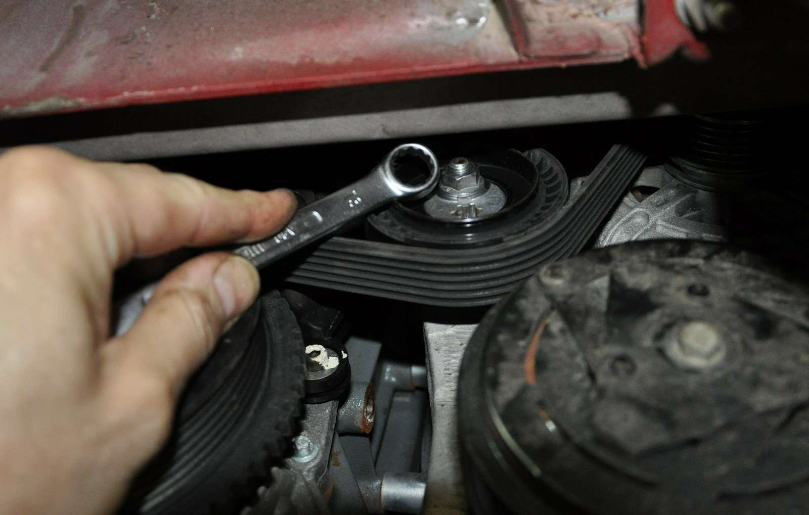 Lada Vesta: проверка изамена ремня привода вспомогательных агрегатов— фото 568601