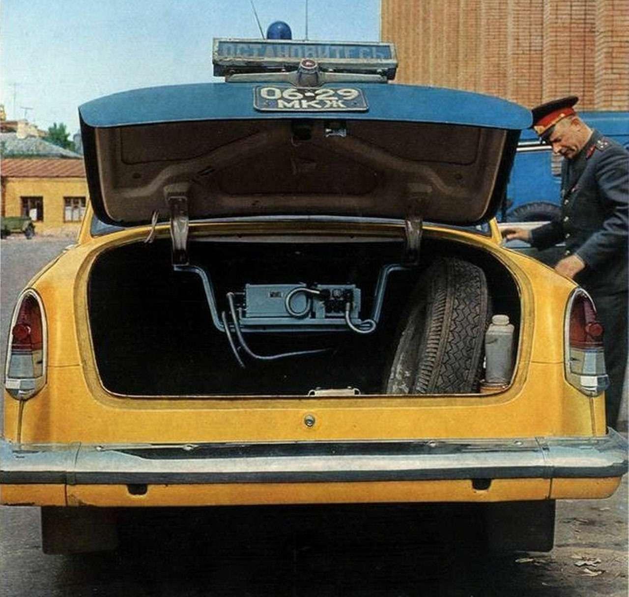 Всемашины нашей милиции: малолитражки, внедорожники, грузовики!— фото 1079918