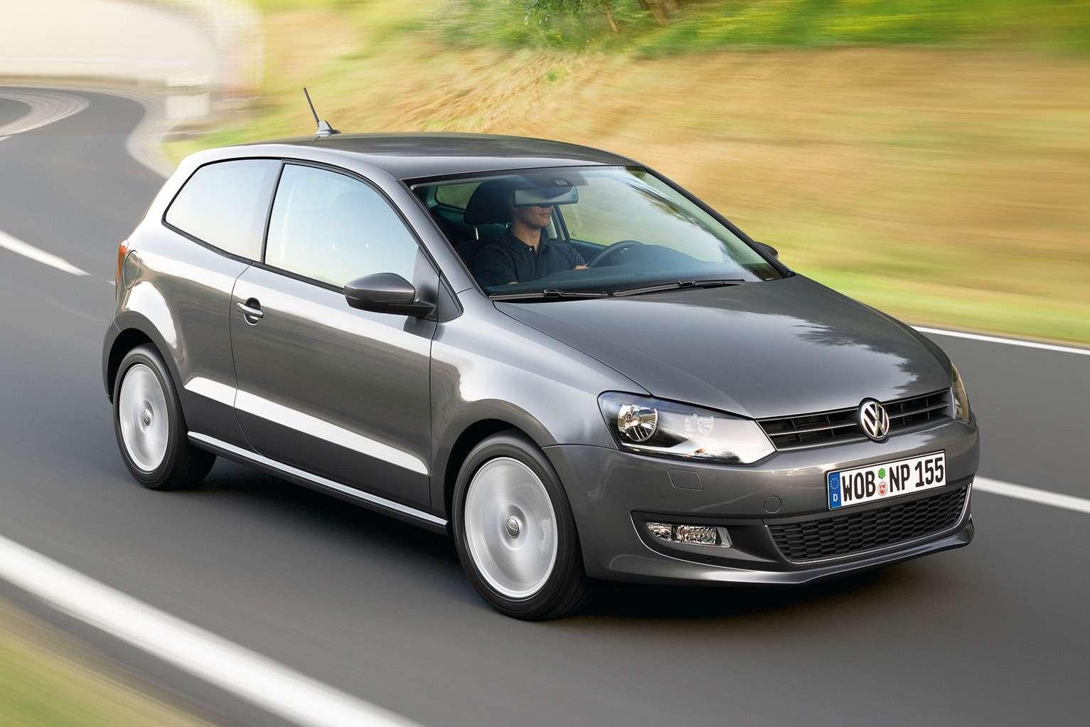 Volkswagen-Polo_3-Door_2010_1600x1200_wallpaper_02