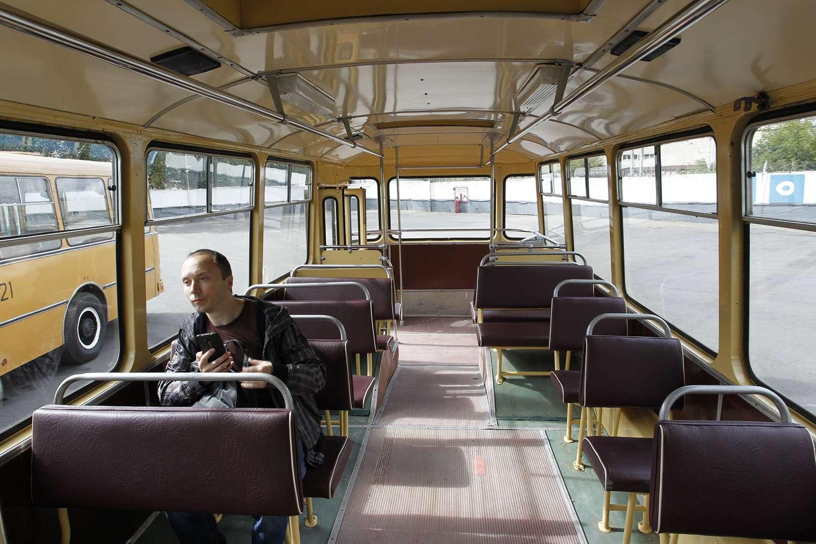 Автобусы нашего детства— выставка пассажирского транспорта— фото 792674