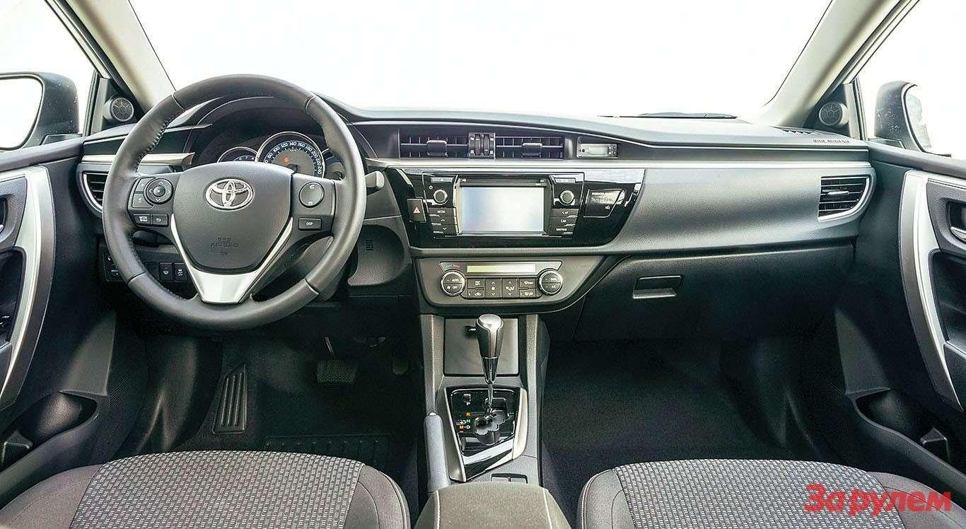 Toyota Corolla салон Классик
