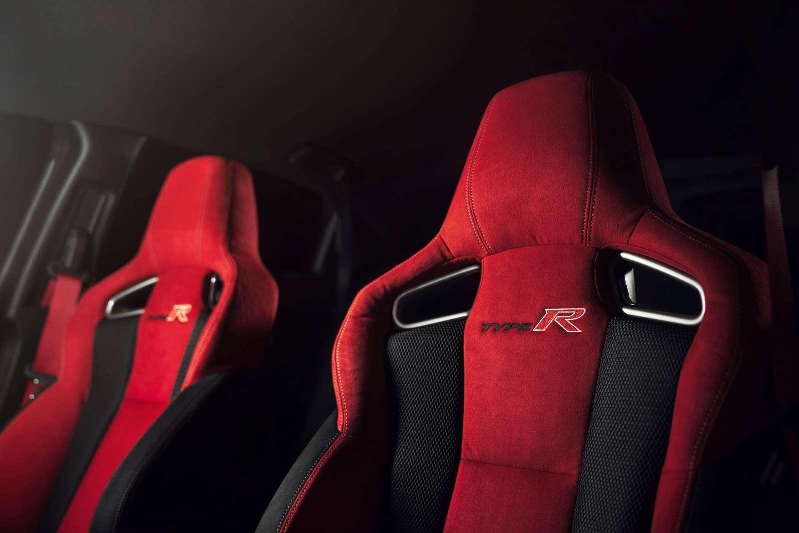 «Топор» стал еще острее: Honda показала серийный Civic Type R— фото 717348
