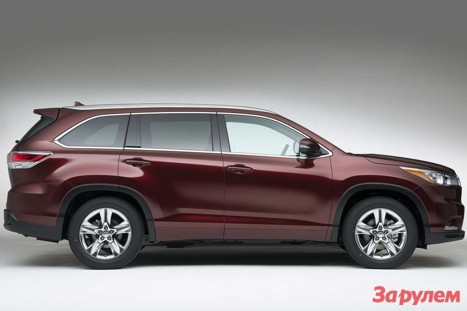 Toyota Highlander 2014 1600x1200 wallpaper 07