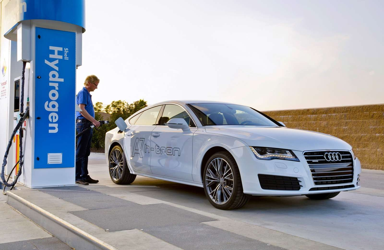 Audi A7Sportback h-tron quattro