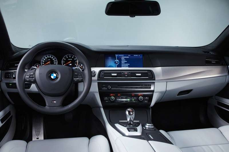 BMW-M5_2012_1600x1200_wallpaper_80