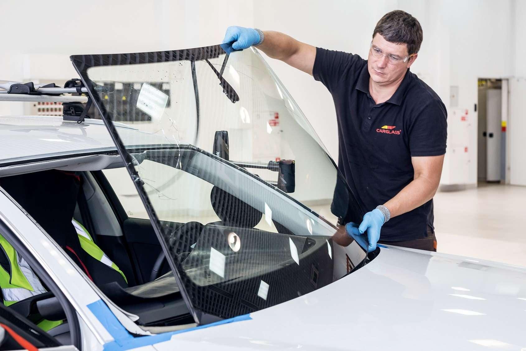 Ремонт лобового стекла— решение проблемы или отсрочка серьезных расходов?— фото 1233945