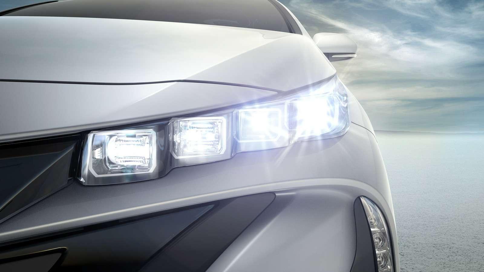 Toyota Prius Prime 09
