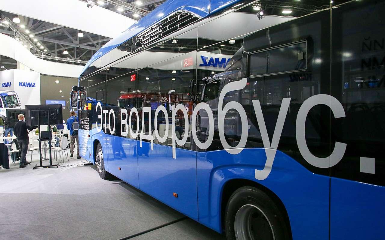 5 перспективных автобусов наCOMTRANS 2021(+троллейбус КАМАЗ)— фото 1276385