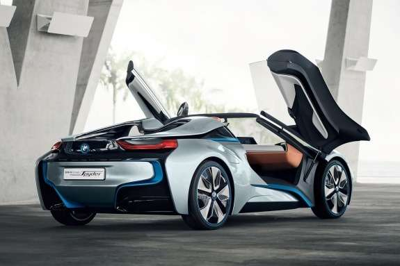 BMW i8 Spyder Concept side-rear view