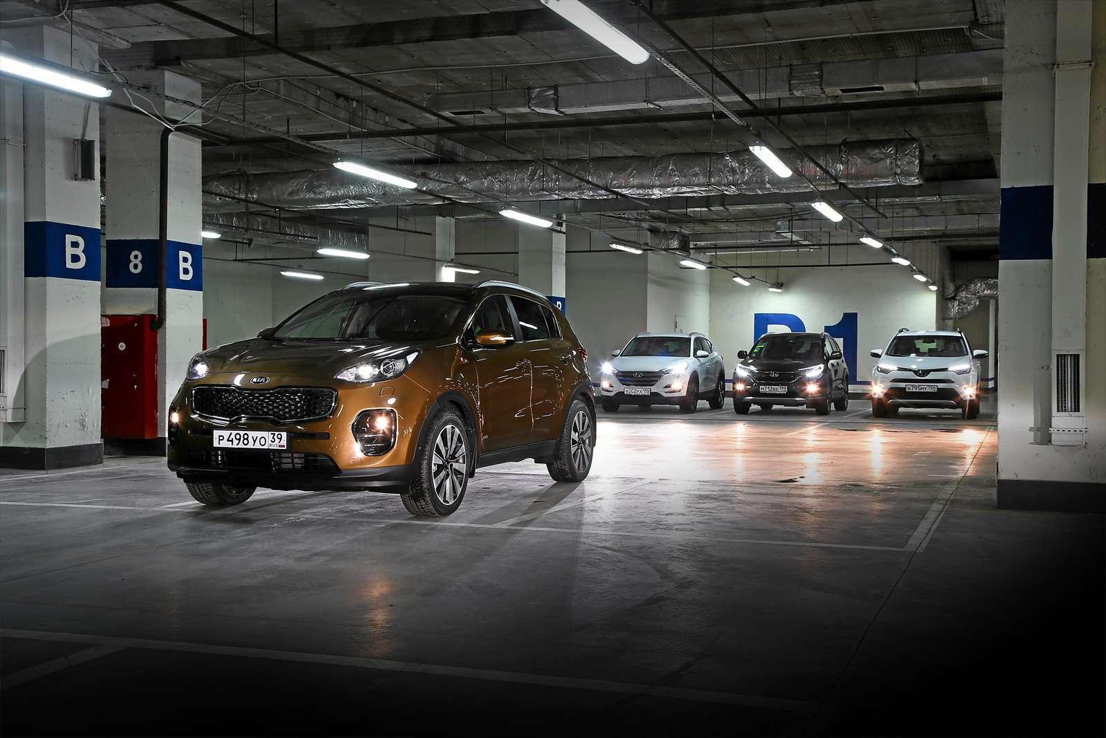 Кроссоверы-бестселлеры: новый Kia Sportage против Hyundai Tucson, Toyota RAV4и Honda CR-V— фото 586703