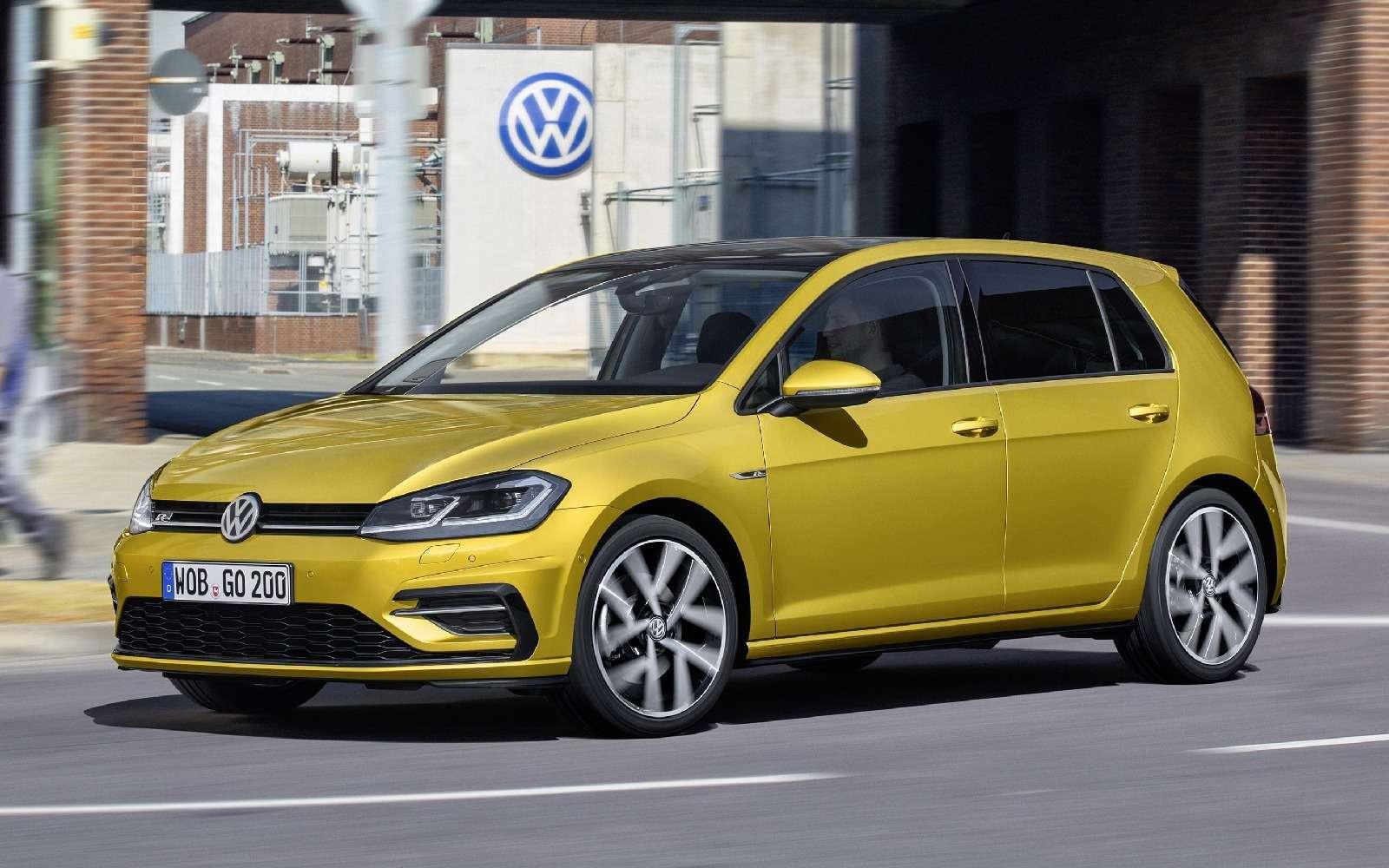 Дальнейшая оцифровка: Volkswagen представил обновленный Golf— фото 661708