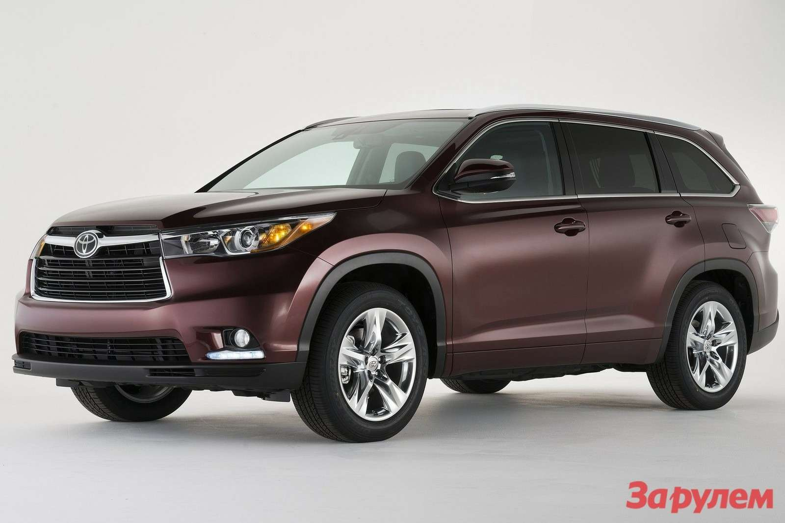 Toyota Highlander 2014 1600x1200 wallpaper 01
