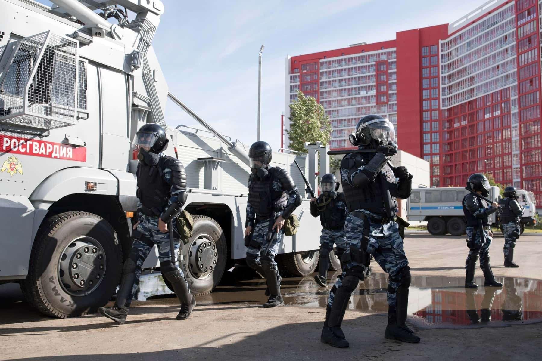 Комплекс «Стена»: Росгвардия получит новую технику дляразгона митингов— фото 906550