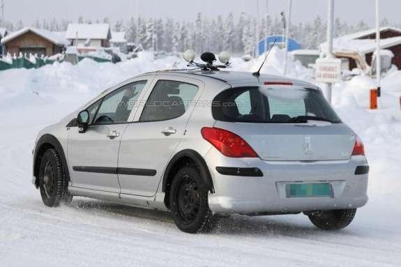 Peugeot 301 test-mule side-rear view