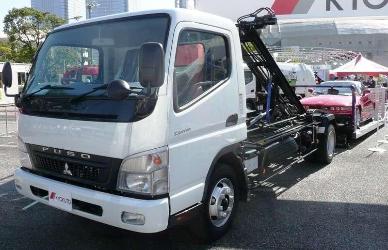 Mitsubishi Fuso приостановила сборку грузовых авто вРФ