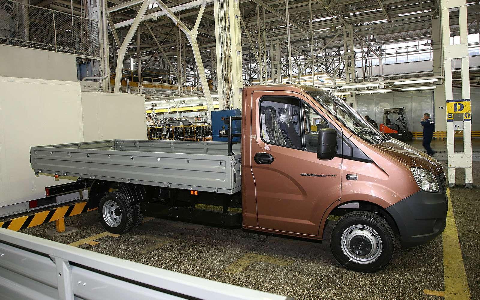 18главных (втом числе ибудущих) моделей ГАЗа— репортаж ЗР— фото 815318