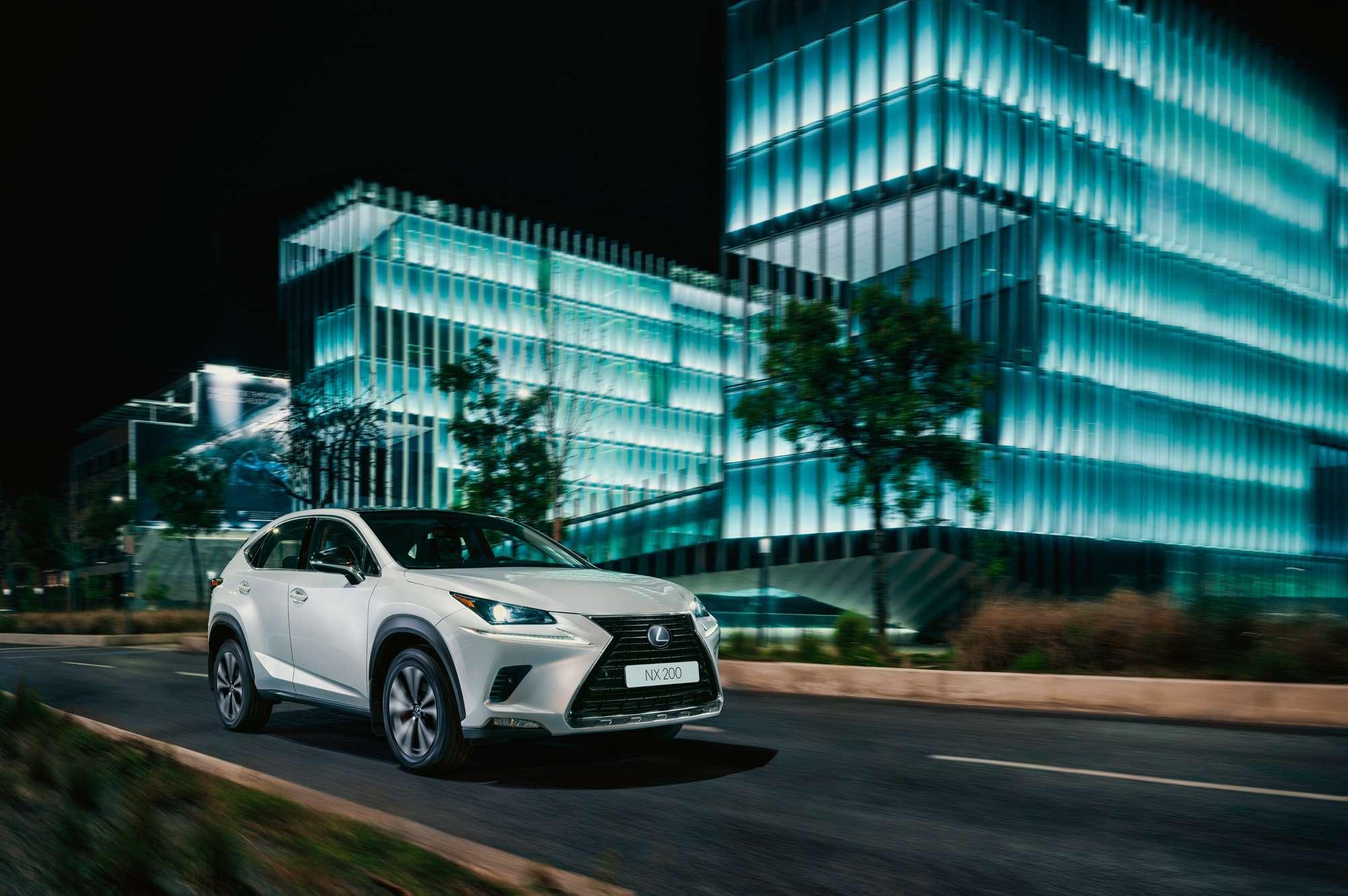 Lexus привезет вРоссию спецверсию Black Vision кроссовера NX