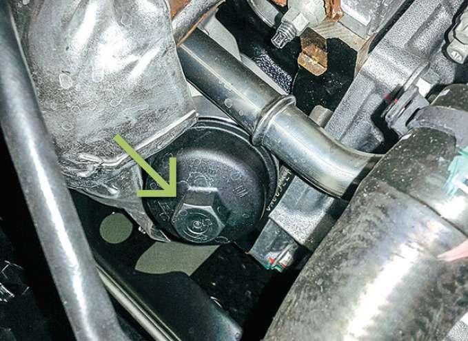 «Шевроле-Авео» корпус масляного фильтра двигателя