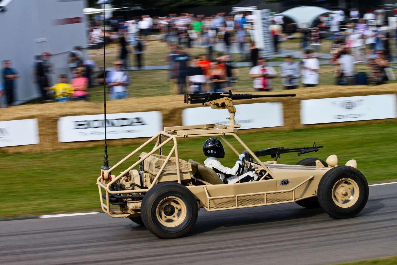 Лучшее автомобильное шоу вмире. Репортаж сФестиваля скорости— фото 780610