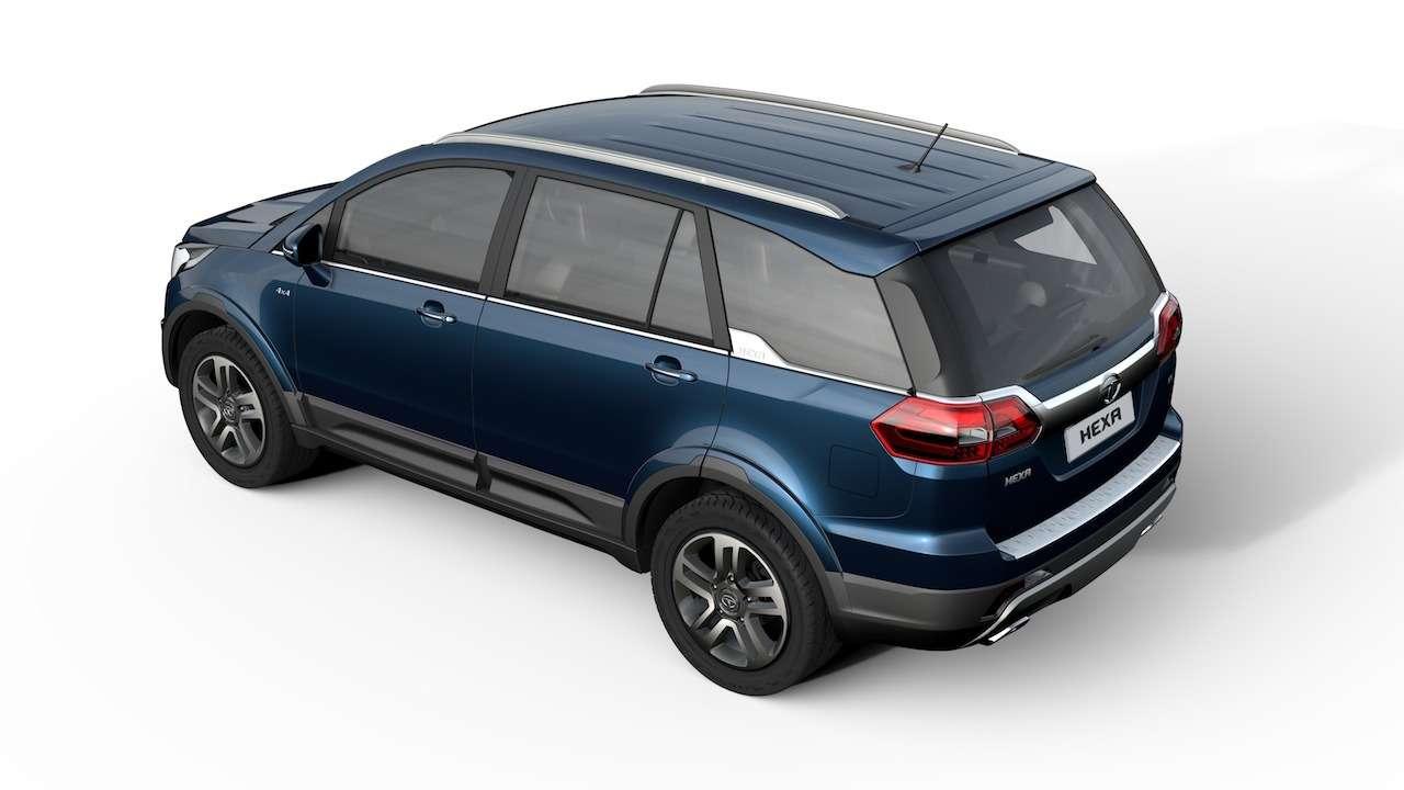 Tata-Hexa-rear-quarter-press-shots-Auto-Expo-2016