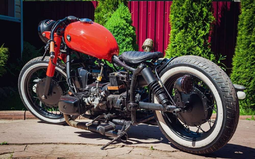 Стильный Боббер изсоветского мотоцикла Днепр (видео)