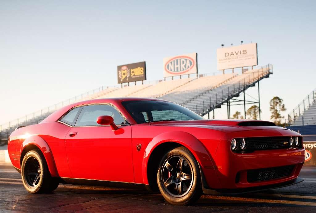 ПриНиксоне такого не было: Dodge Challenger SRT Demon представлен официально— фото 735598
