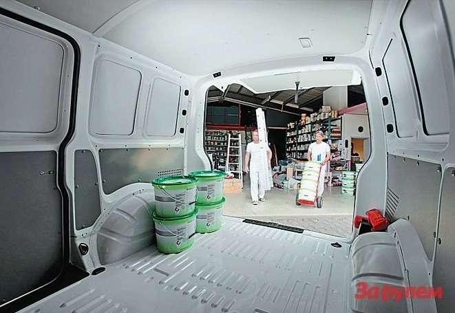 Цельнометаллический фургон без окон - самая дешевая модификация