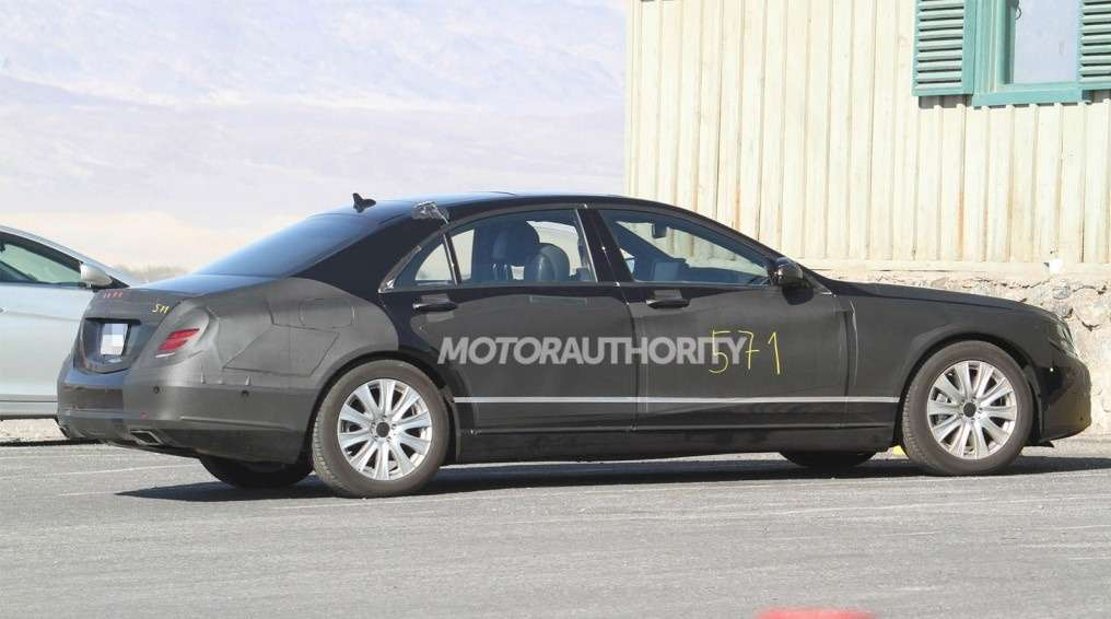 NewMercedes-Benz S-class test prototype side view