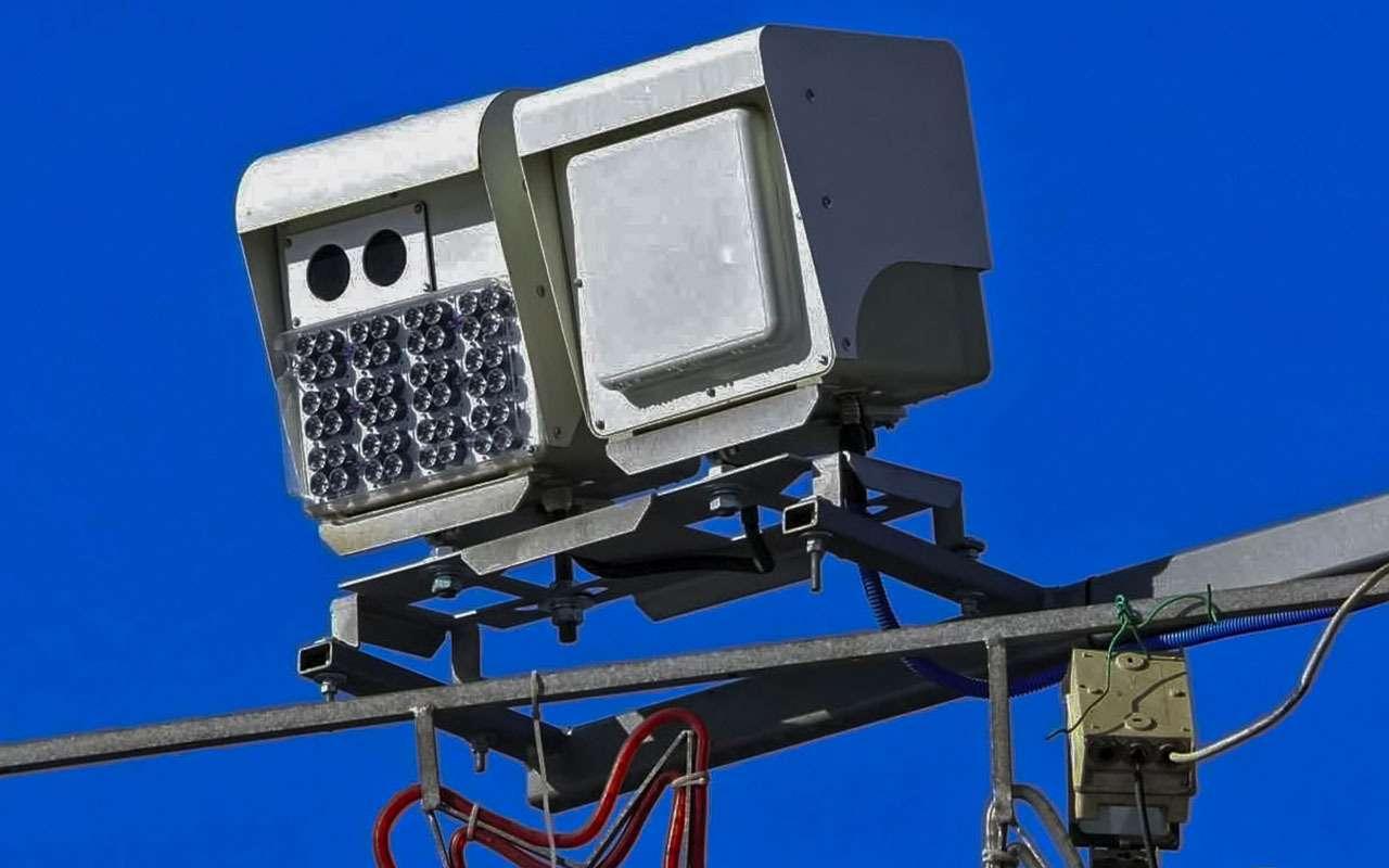 6 радар-детекторов против 8полицейских радаров— большой тест— фото 893409