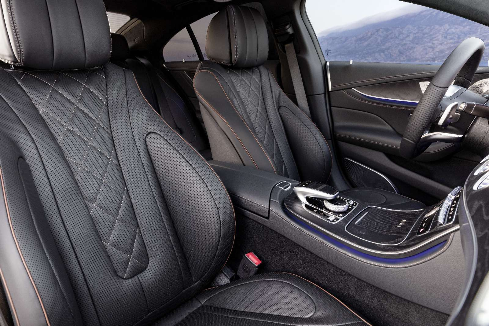 Новый Mercedes-Benz CLS: еще больше чувственности— фото 822039
