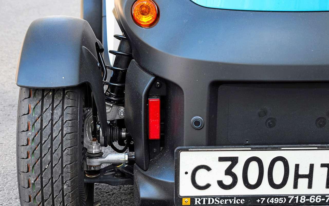 Самый странный автомобиль вРоссии: дачно-городской тест Renault Twizy— фото 983558