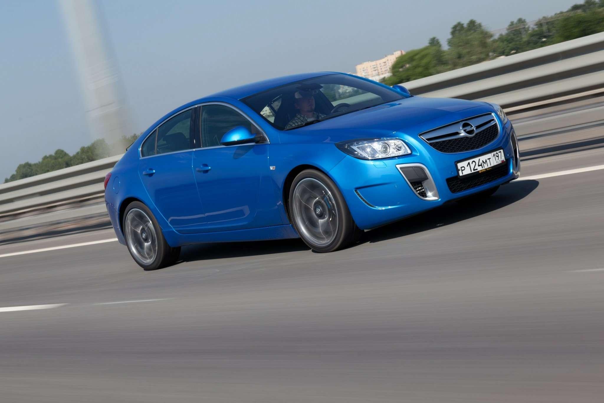 Opel_Insignia_OPC_04_no_copyright