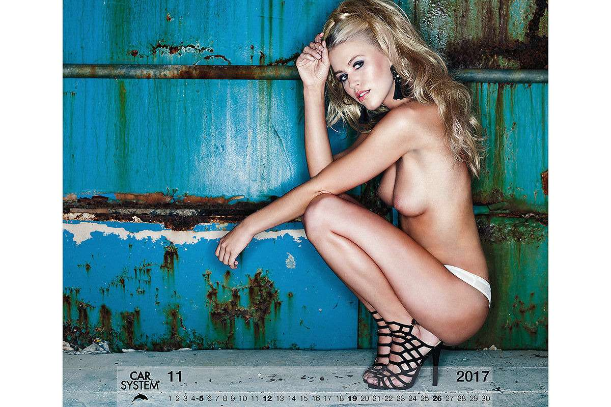 Онивгонят вас вкраску! Эротический календарь Carsystem 2018— фото 820651