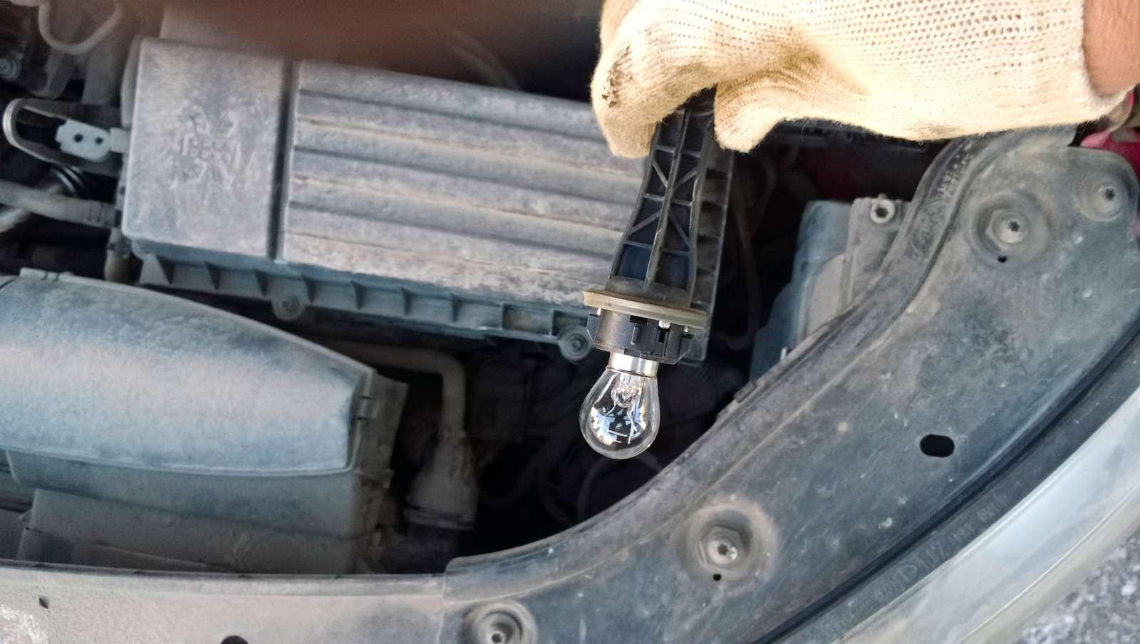 Lada XRAY изпарка ЗР: содним неизвестным— фото 591170