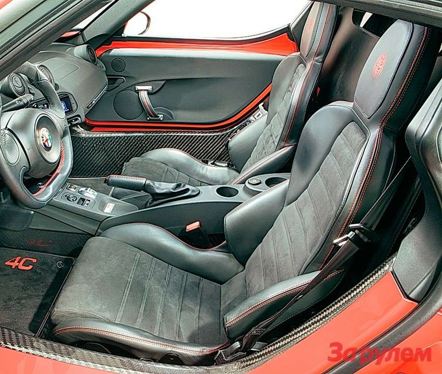 Alfa Romeo 4С: Альфа-самка— фото 258322