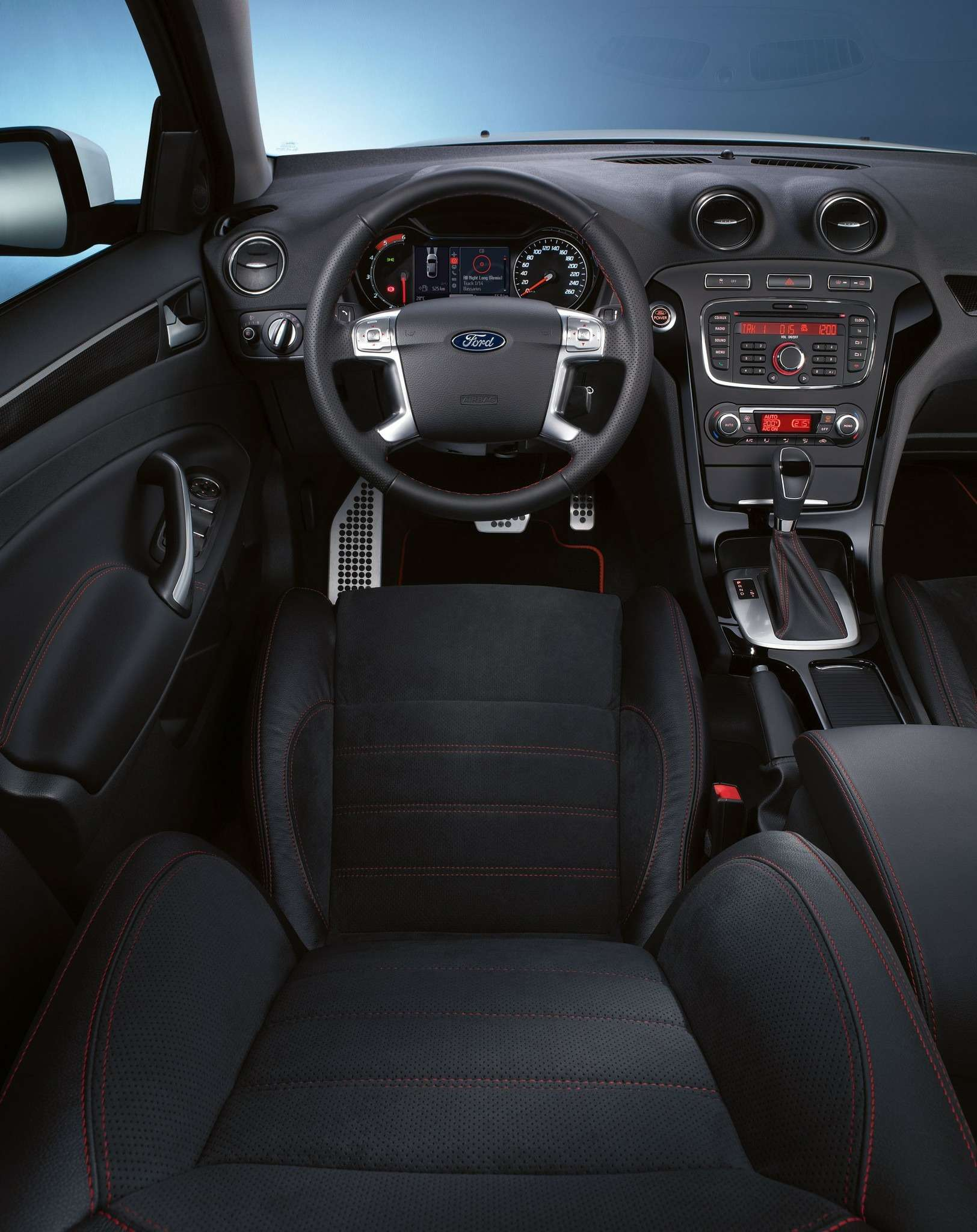 Ford_Mondeo_Sport_1