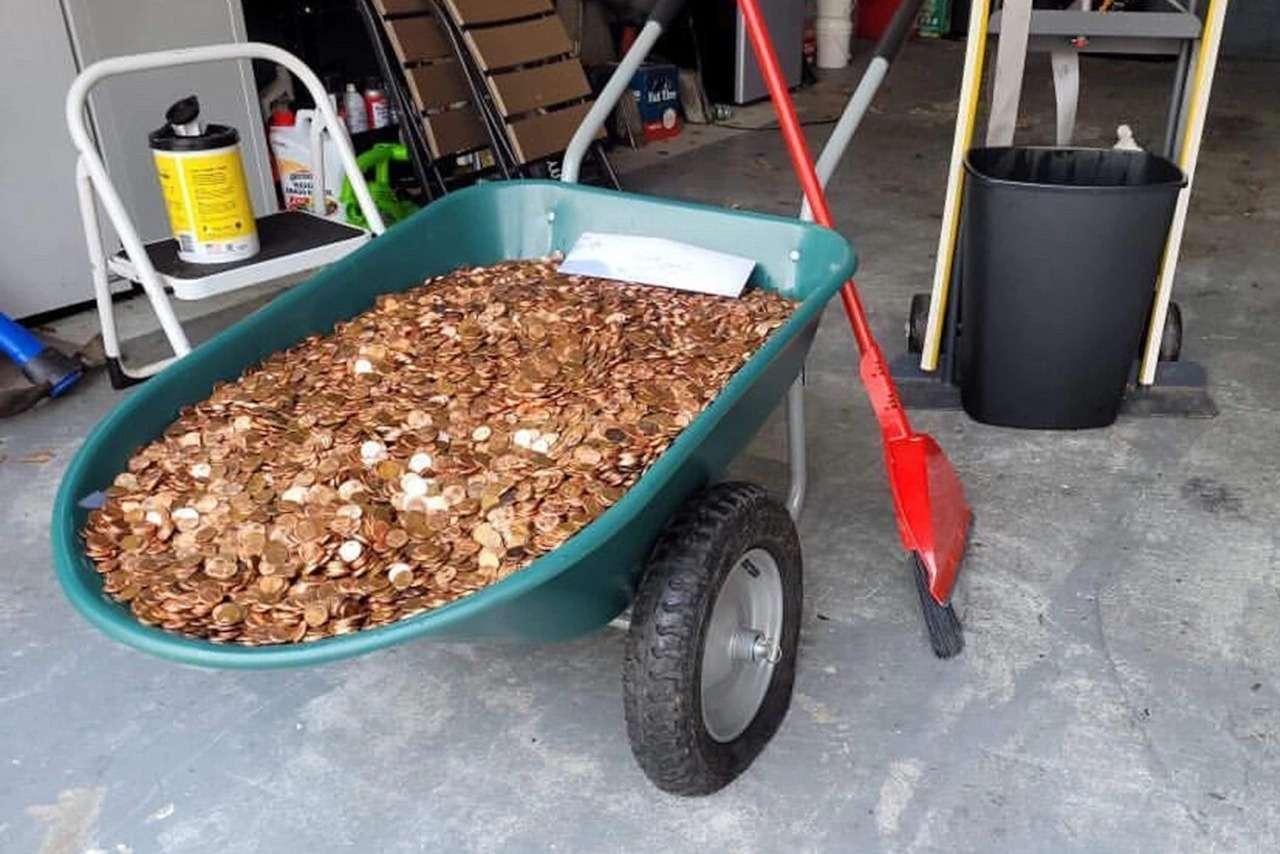 Страшная месть начальства: зарплата  жирными медяками