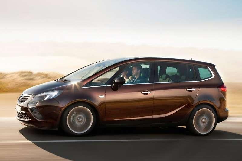 Opel-Zafira_Tourer_2012_1600x1200_wallpaper_07