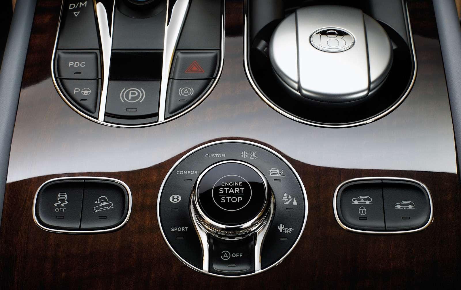 Bentley Bentayga Diesel: 4,8до сотни— самая медленная версия!— фото 884137