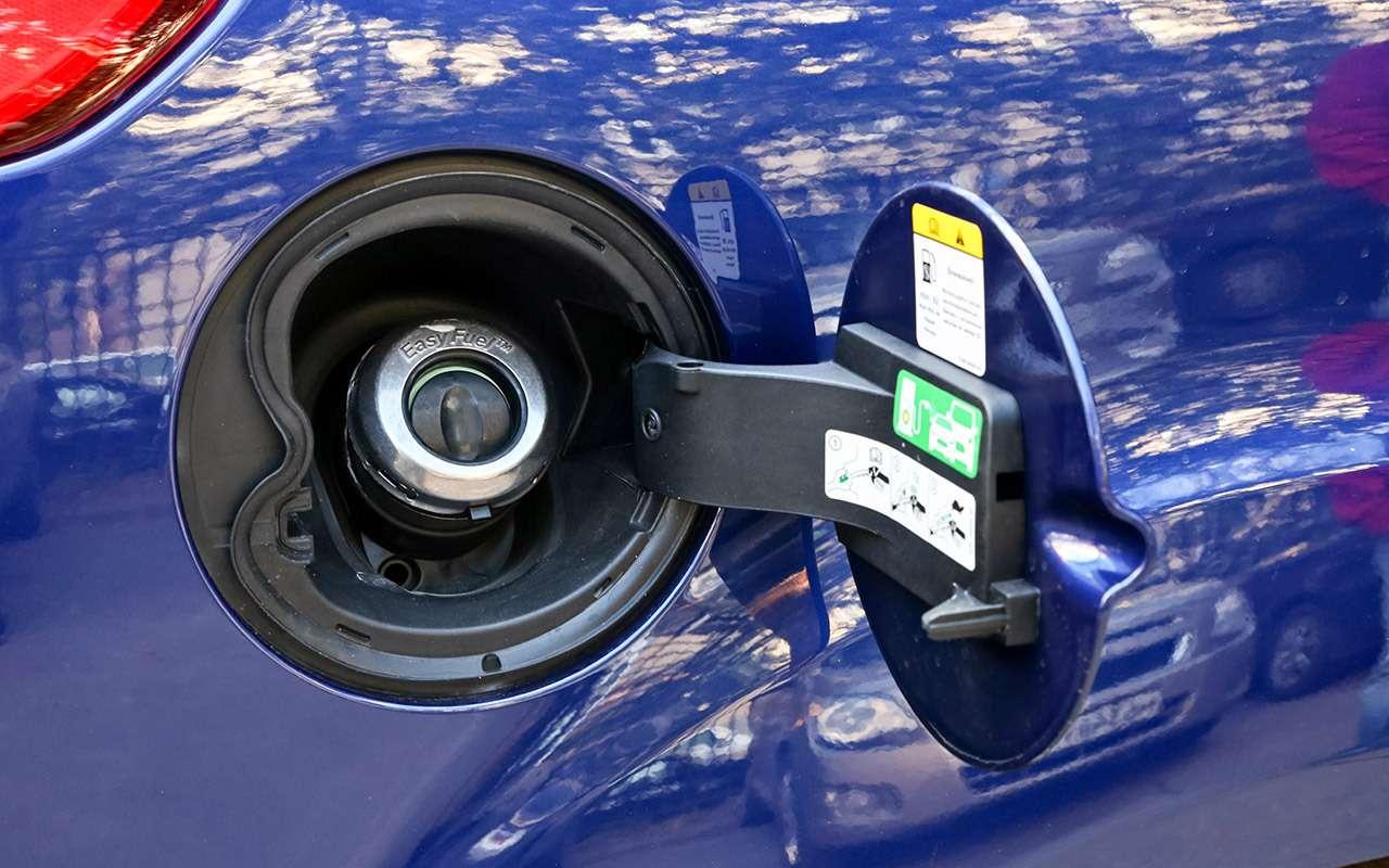 Ford Focus сроссийским мотором ироботом: первые 12тысяч— фото 925238