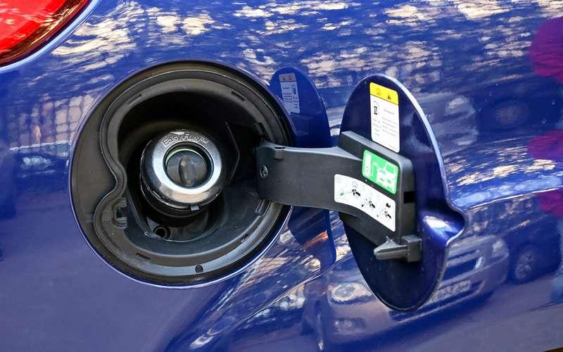Ford Focus сроссийским мотором ироботом: первые 12тысяч