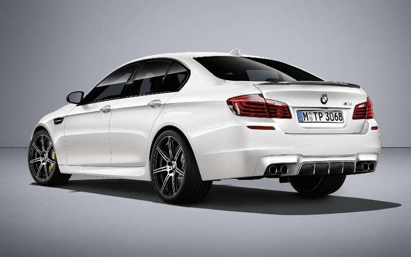 BMWM5не прощается, ноговорит досвидания