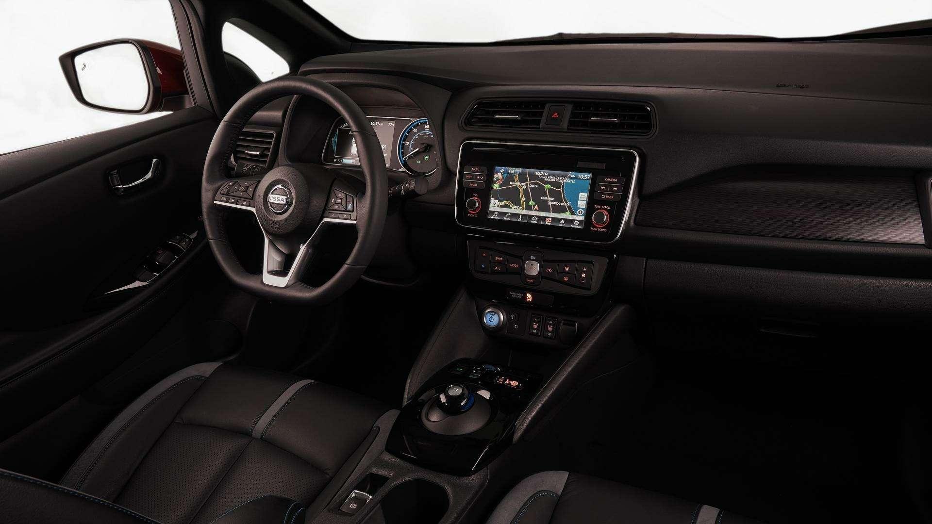 Nissan представил электромобиль дляРоссии— фото 791451