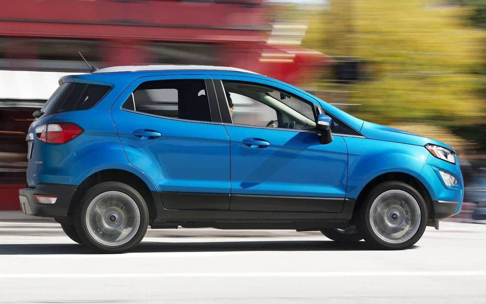 Обновленному паркетнику Ford EcoSport прикрутили планшет— фото 664115