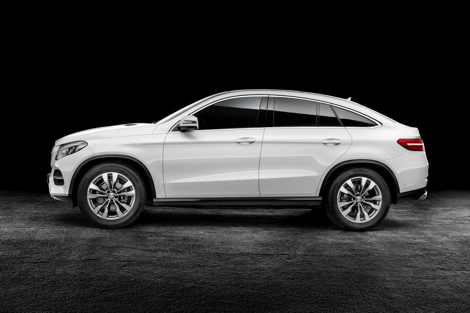 Mercedes-Benz-GLE_Coupe_2016_1600x1200_wallpaper_02