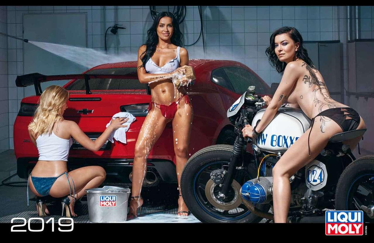 Девушки игорячие спорткары: Liqui Moly показала новый календарь— фото 904957