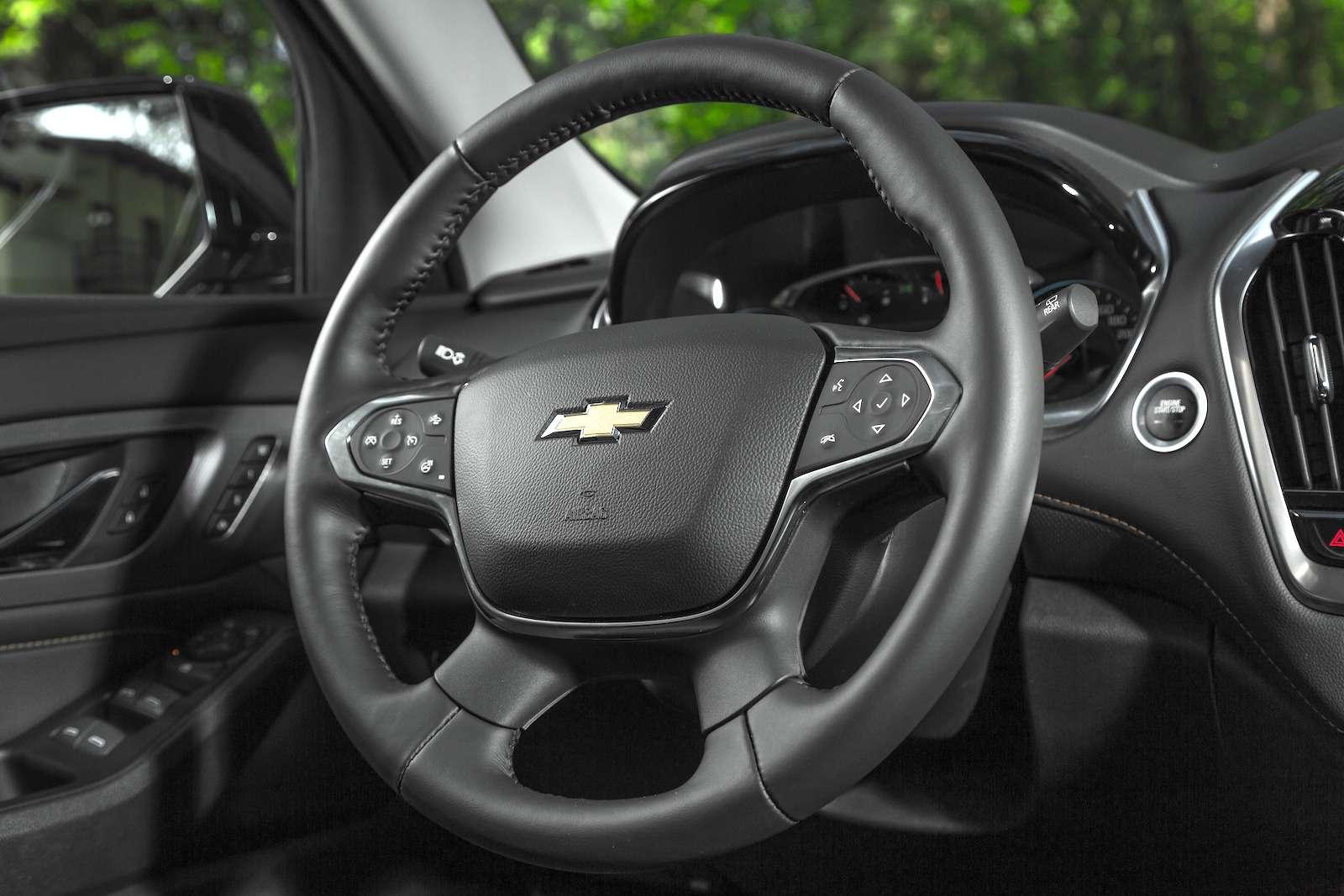 Тест-драйв Chevrolet Traverse: найти ребенка вбагажнике— фото 880713