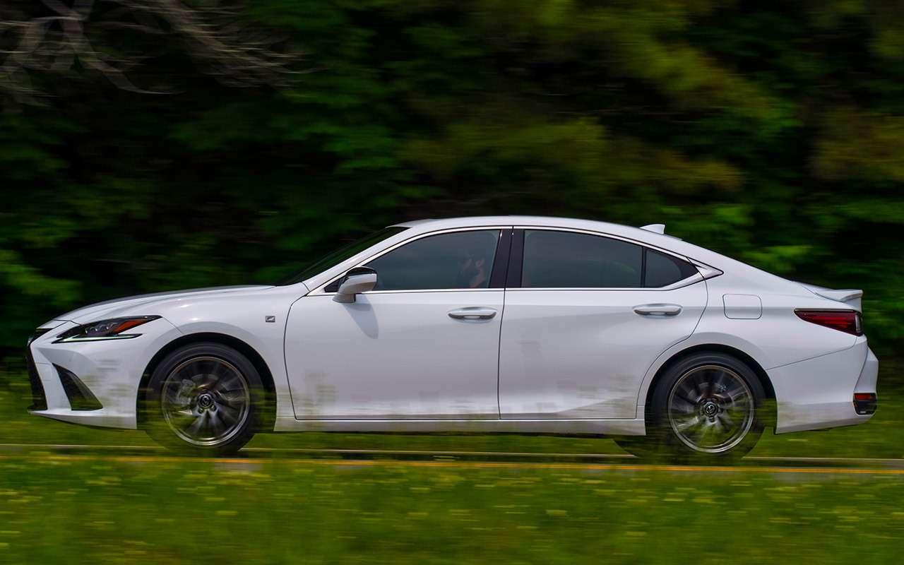 Новый Lexus ES— тест самых «вкусных» модификаций— фото 892653